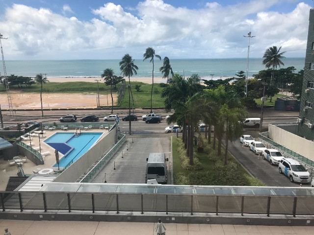 Apto frente mar no hotel 4 estrela na praia da Boa Viagem - Foto 8