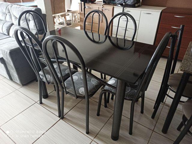 Oferta!Mesas de pedra e madeira com 04 ou 06 cadeiras