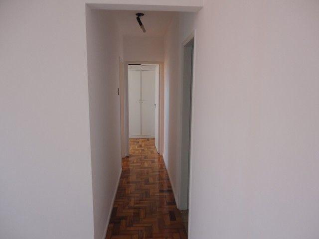 Apartamento com vaga de garagem, composto por sala, 2 quartos, banheiro social, cozinha, á - Foto 5