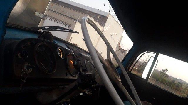 Vendo caminhão Mercedes 11.13  - Foto 5