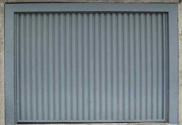 Portão de garagem feito por encomenda * - Foto 4