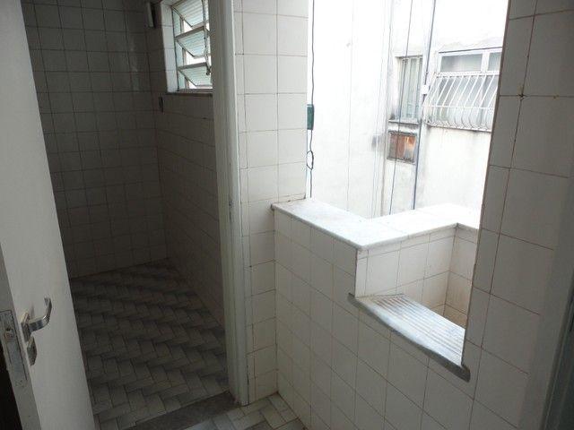 Apartamento com vaga de garagem, composto por sala, 2 quartos, banheiro social, cozinha, á - Foto 17