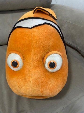 Pelucia peixe Nemo 75 cm  - Foto 2