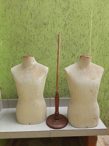 Manequim busto em fibra coberto com tecido  - Foto 6
