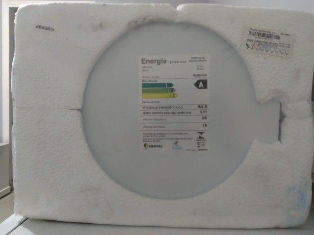 Forno Micro-ondas Philco 26L Espelhado 220V - Foto 4
