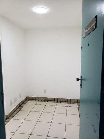 Ótima sala com luminárias e piso cerâmico de 29m² no Maracanã. - Foto 2