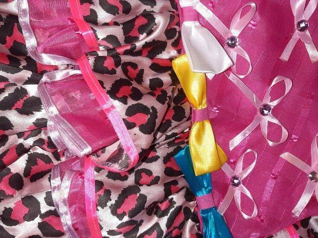 Vestido caipira bebê tam M (9 a 12m)- usado uma única vez  - Foto 3