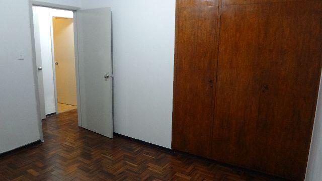 Apartamento no centro 3 quartos andar alto