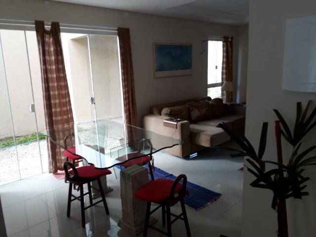Sobrado em condomínio fechado com 120 m² de área construída + espaço externo - Foto 3
