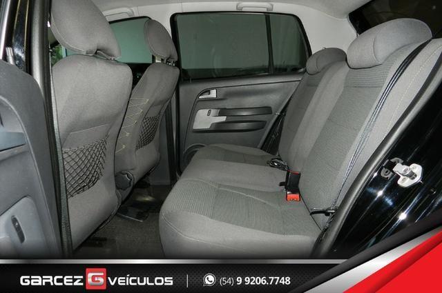 Vw - Volkswagen Crossfox 1.6 Flex Manual Topo de Linha Airbag ABS Comandos no Volante - Foto 6