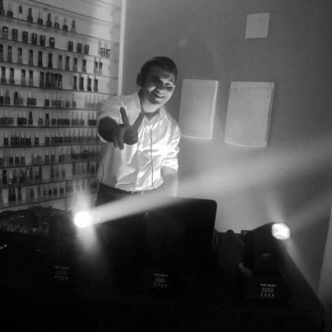 DJ Daniel Ferreira som e iluminação profissional! - Foto 2