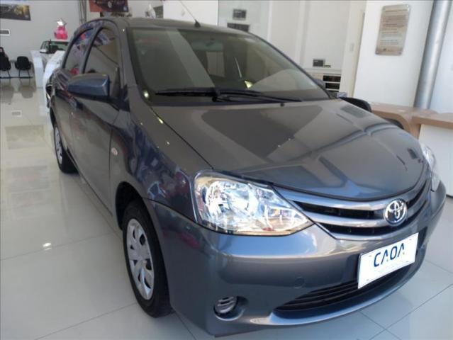 Toyota Etios 1.3 x 16v - Foto 4