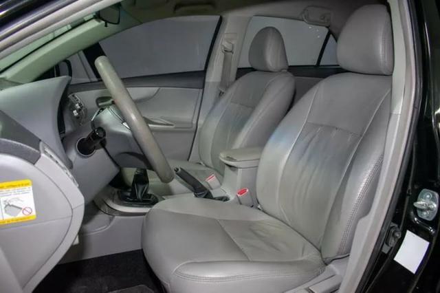 Corolla 1.8 2010 completo - Único Dono - Somente Financiada - Foto 7