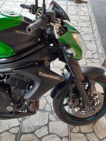 Kawasaki ER 6n 650cc 2014/2014 - Foto 4