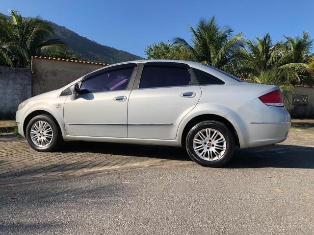 Fiat Linea HLX 1.9 com GNV