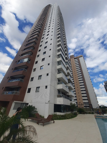 Excelente apartamento no Ed. The One