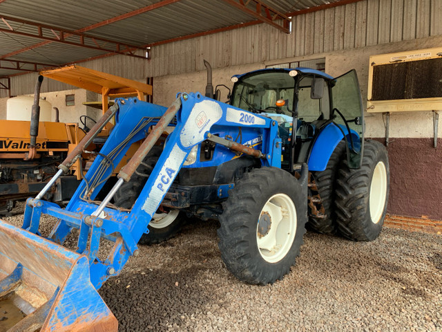Trator New Holland T6.130 4x4
