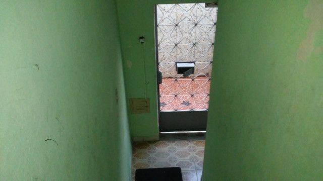 Apto 2 Quartos e Sala em L Podendo Fazer + 1 Quarto em frente ao Banco do Brasil Ac. Carta - Foto 14