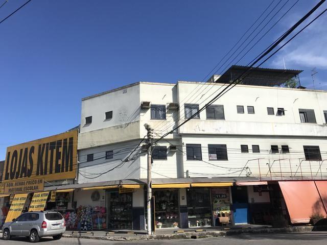 Centro 02 quartos, 02 banheiros, sem garagem. Próximo a Cidade das Crianças e UFF