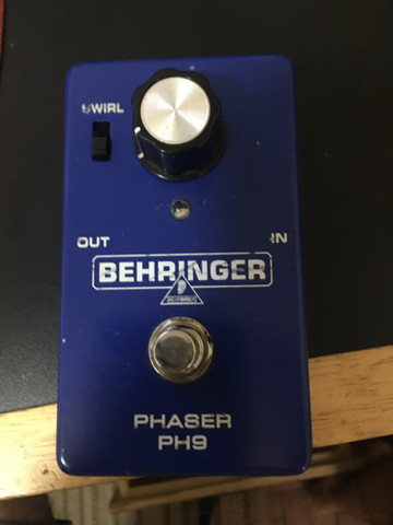 Pedal phaser behringer