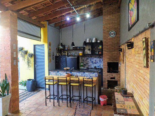Casa próximo ao Colégio Militar / Área Gourmet / Financia - Foto 14