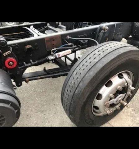 Vw 24250 Cabine Leito Bi Truck 4o Eixo Direcional<br><br> - Foto 3