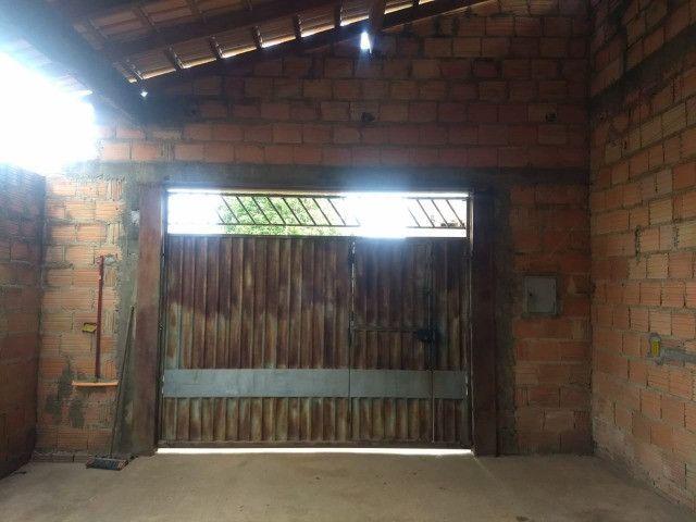 Vendo uma casa quitada na rua F23 Cidade Jardim Parauapebas PA - Foto 2