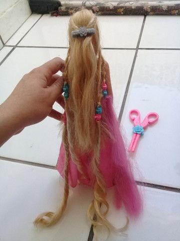 Boneca Barbie Rapunzel penteado mágico - Foto 6