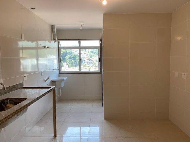Apartamento com 3 dormitórios, 113 m², R$ 660.000 - Tijuca- Teresópolis/RJ. - Foto 14