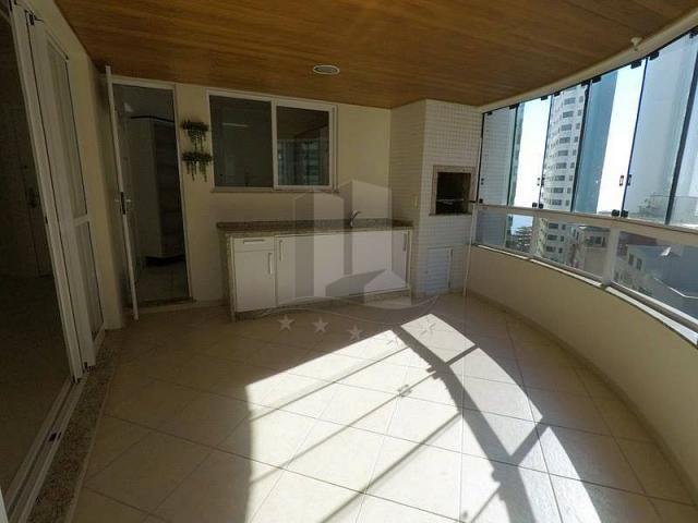 Excelente apartamento na quadra do mar! - Foto 16