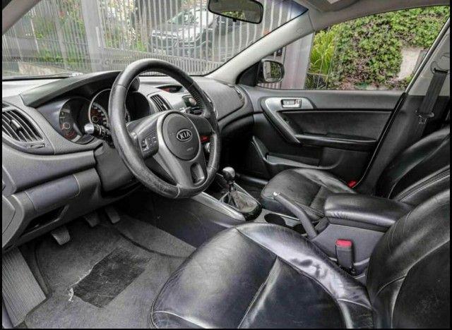 Kia Cerato<br>EX 1.6 16V (aut) 2011 - Foto 4