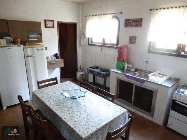 Excelente duplex fino acabamento, em condomínio com 03 quartos - Foto 2