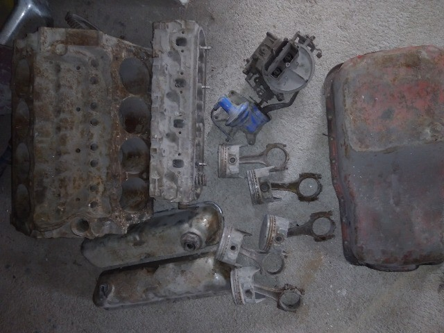 Bloco motor v8 302 com algumas peças. - Foto 2