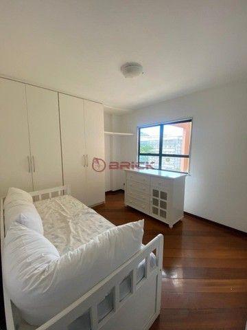 Apartamento para locação com varanda de 2 quartos em Agriões, Teresópolis/RJ.