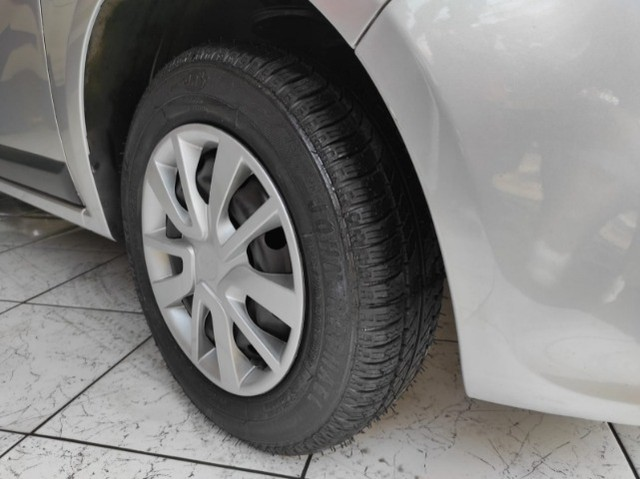 Renault Sandero Expression 1.0 Flex Completo Financia e Troca Excelente Estado - Foto 12