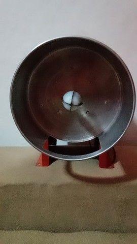 Ralador de côco elétrico - Novo