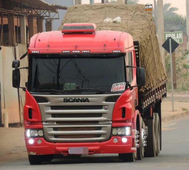 Scania P270 bitruck 2011 carroceria