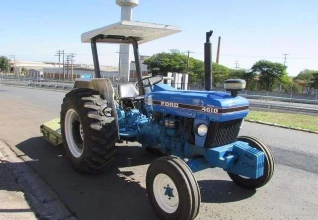 Trator Ford 4610 4x2 ano 81