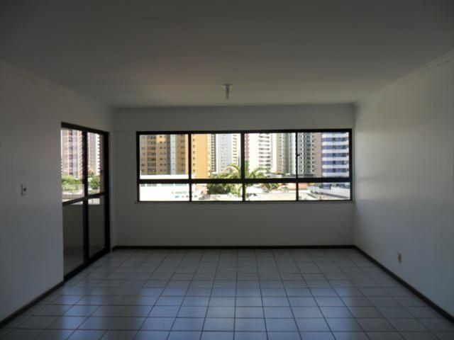 Apartamento com 4/4 sendo 1 suite , Jardins