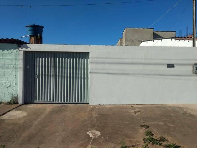 QC 01   Casa 2 Quartos   Quintal e 1 Vaga   Excelente Localização   Oportunidade - Foto 4