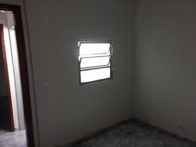 QC 01   Casa 2 Quartos   Quintal e 1 Vaga   Excelente Localização   Oportunidade - Foto 7