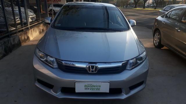 Honda Civic 1.8 Lxs - 2014 - Foto 2