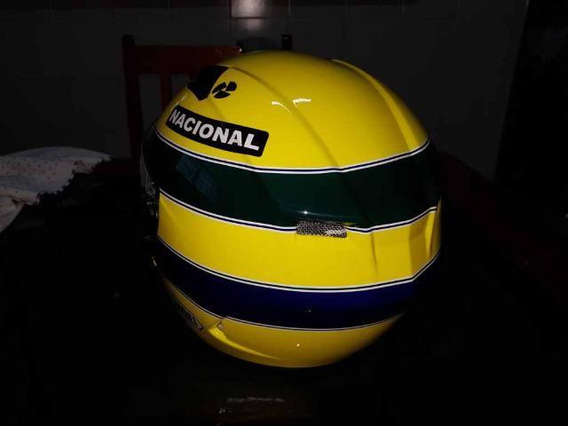 Capacete Personalizado Ayrton Senna - Novo - Sem uso - Na Caixa - Foto 11