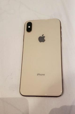 IPhone XS Max Dourado
