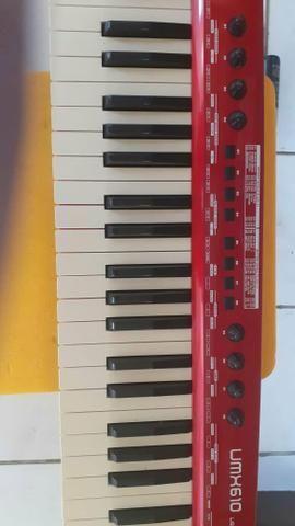Controlador behringer umx 610 - Foto 3