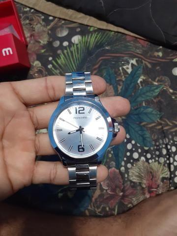 Vendo esse Relógio Mondaine
