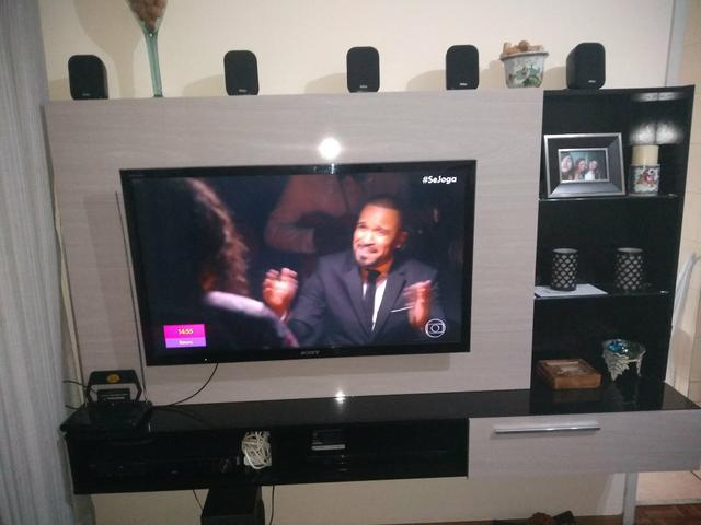 Painel de TV 1.80(largura) x 1.10(altura)