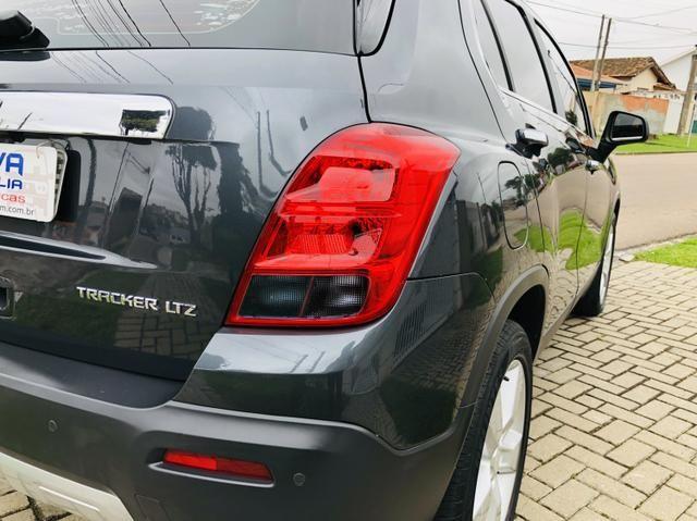 Chevrolet Tracker LTZ com teto solar - Foto 6