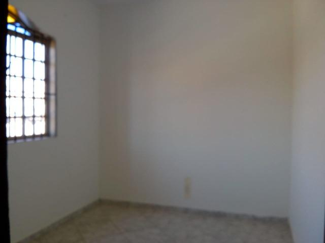 Qr 314 cs 03 qts escriturada ot,local,prox, a tudo so R$180.000,00