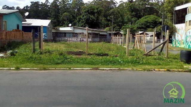 Terreno de esquina com 310m² em Esteio